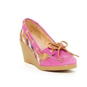 Sperry Top-Sider Goldfish Wedge Pump size 6